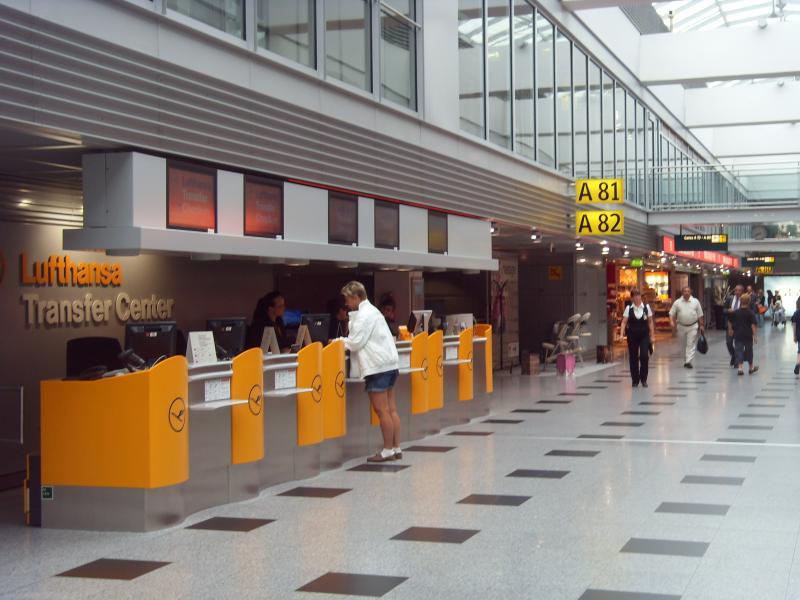 Service im Flughafen